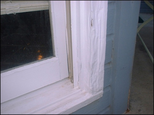 image of outside bay window damage